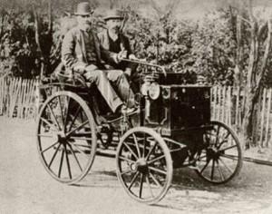 Premiers véhicules